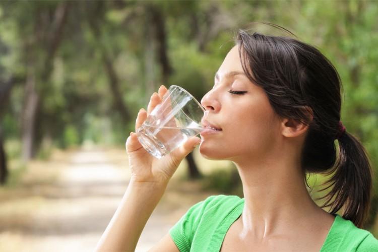 Kako znati pijete li dovoljno vode?